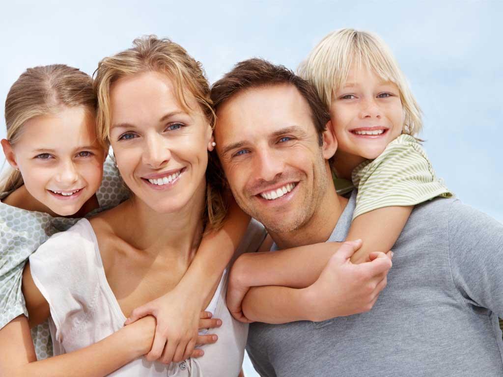 usmiechnieta rodzina