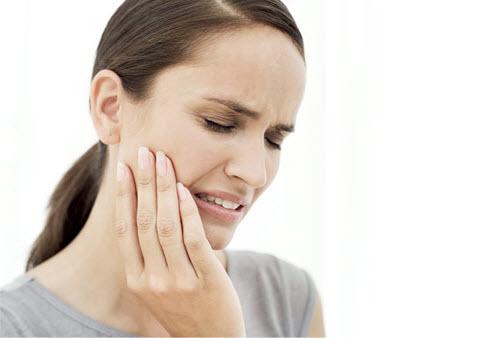 Jak pozbyć się próchnicy – objawy i leczenie.