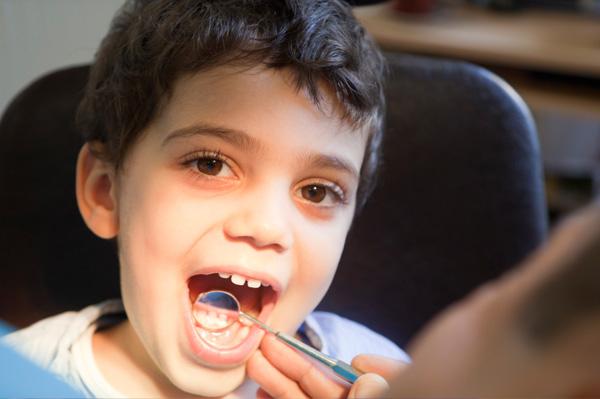 ortodonta dziecięcy