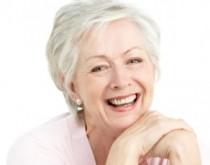 senior-smiling-blog-stomatologiczny